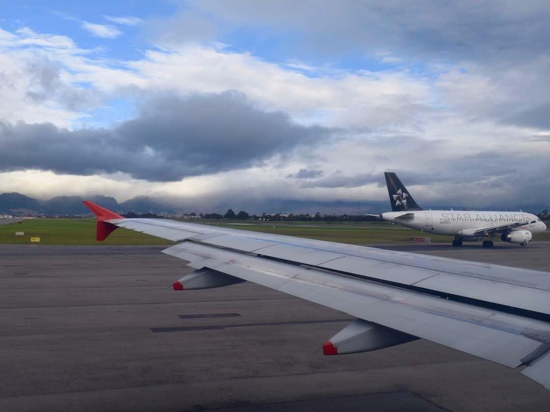landing into rio negro airport medellin