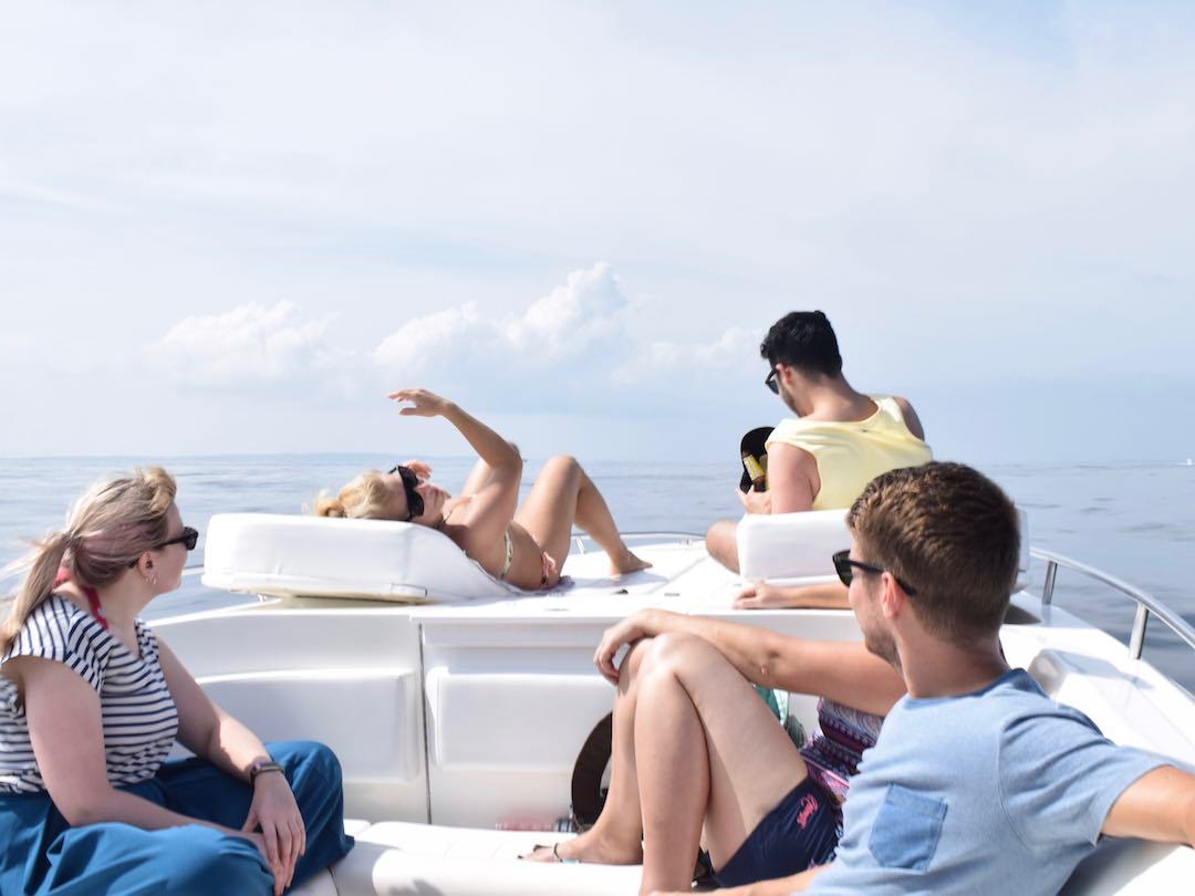 private sailing rosario islands cartagena