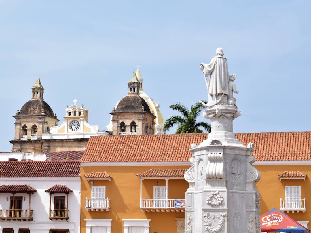 Two weeks in colombia: Colonial buildings in Cartagena, Colombia
