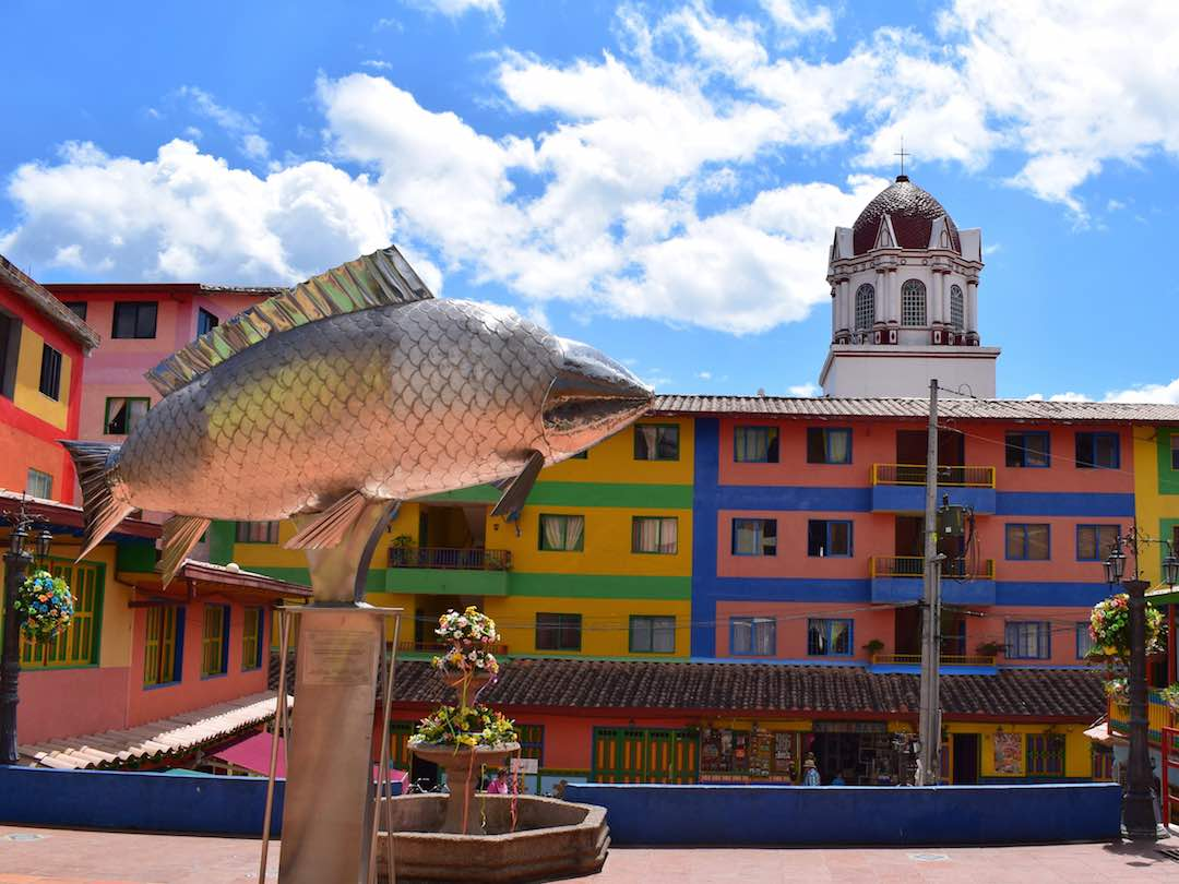 Welcome to guatape for the guatape triathlon colombia 2019