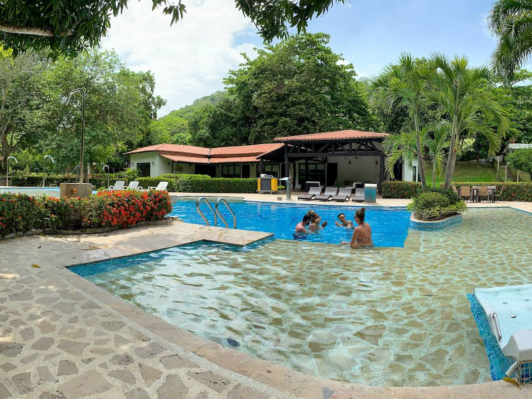 Relaxing at the swimming pool in parque tayrona during escorted Colombia tour