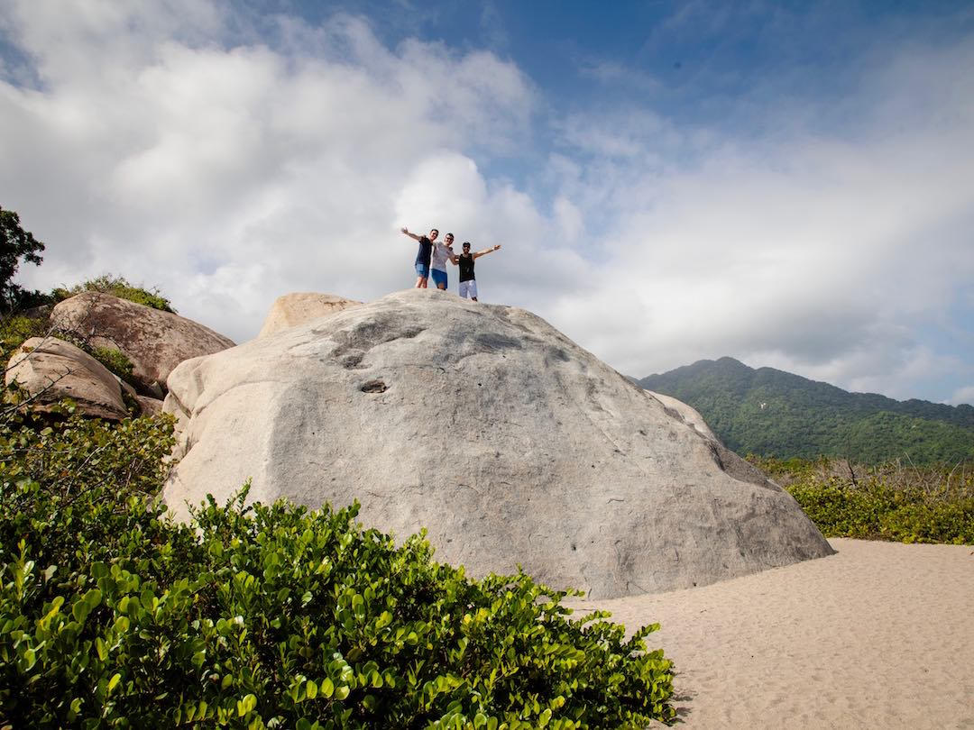 30 something solo travellers in Parque Tayrona during group tour in Colombia