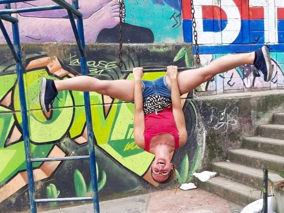 Guest having fun in comuna 13 medellin during Colombia 2 week tour