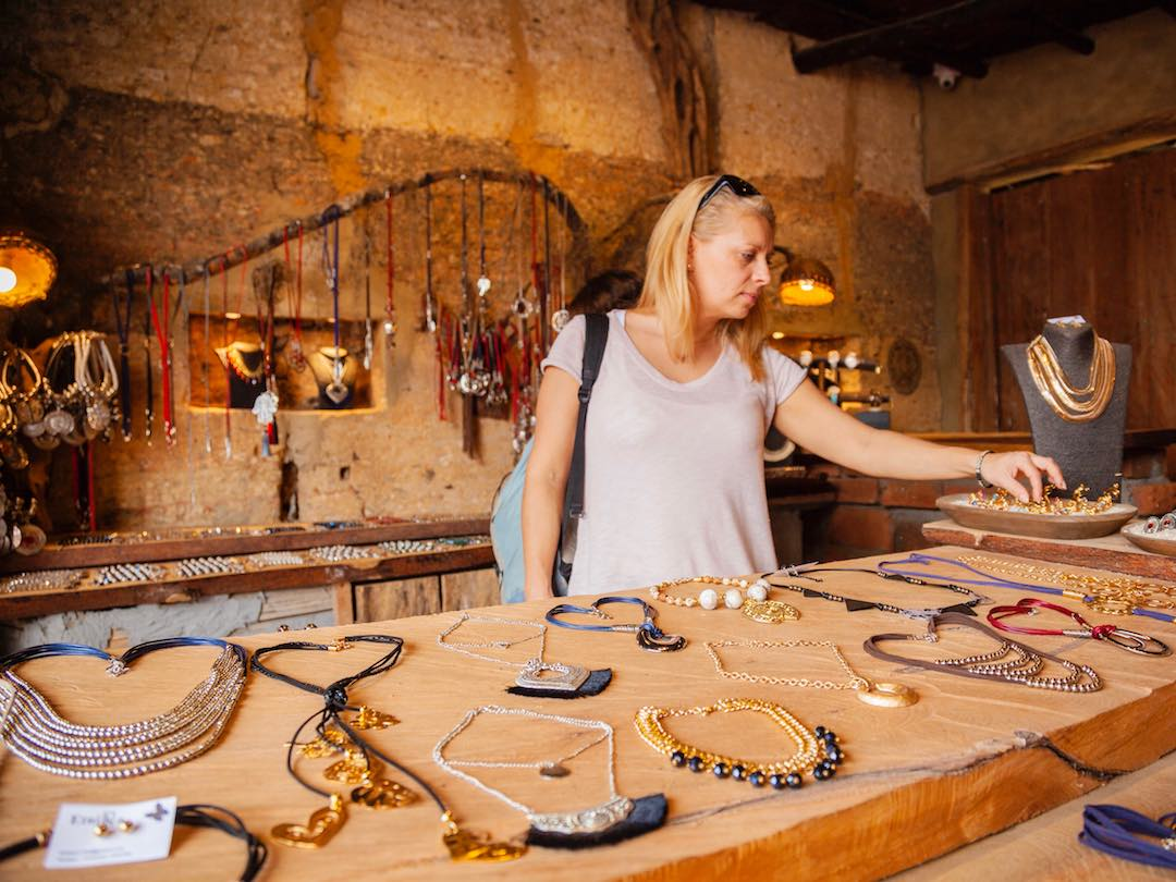 things to do in guatape – admire the boutique shops