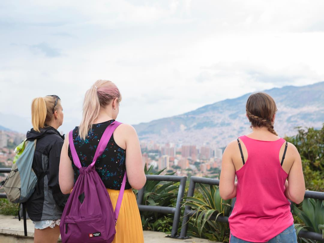 single female travellers in their 30s
