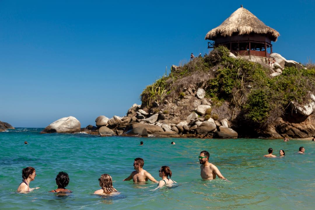 fun facts about colombia: caribbean sea and pacific ocean