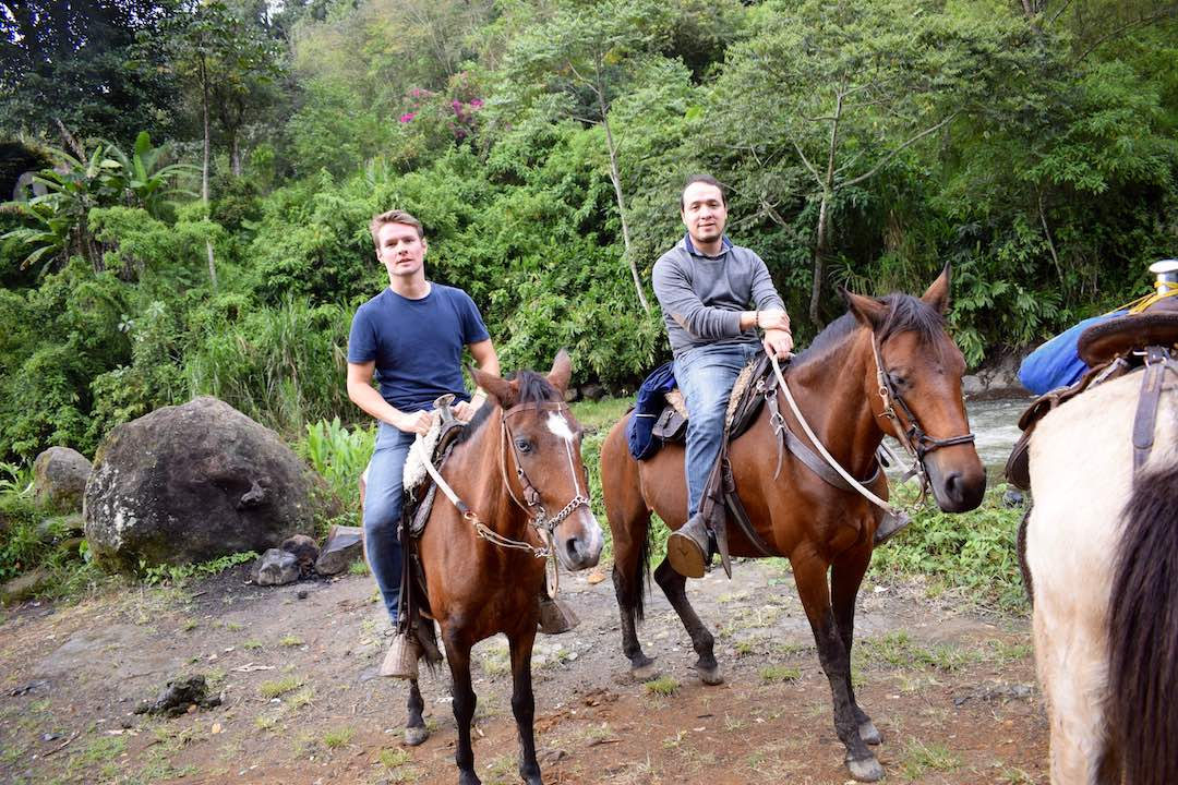 horse riding colombia adventure