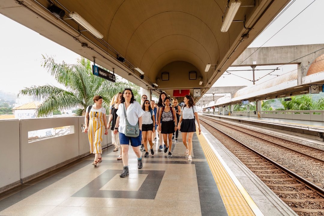 Group of solo female travellers in Medellin, Colombia